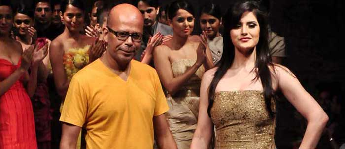 Designer Narendra Kumar with Zarin Khan at BFW 5